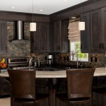 traditional-kitchen-cabinets 14