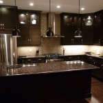 traditional-kitchen-cabinets 16