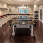 traditional-kitchen-cabinets 22
