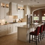 traditional-kitchen-cabinets 3