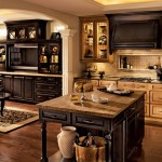 traditional-kitchen-cabinets 5