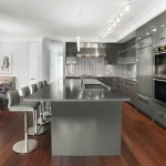 contemporary-kitchen-bar-stools