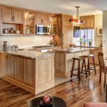 contemporary-kitchen-with-oak-cabinets
